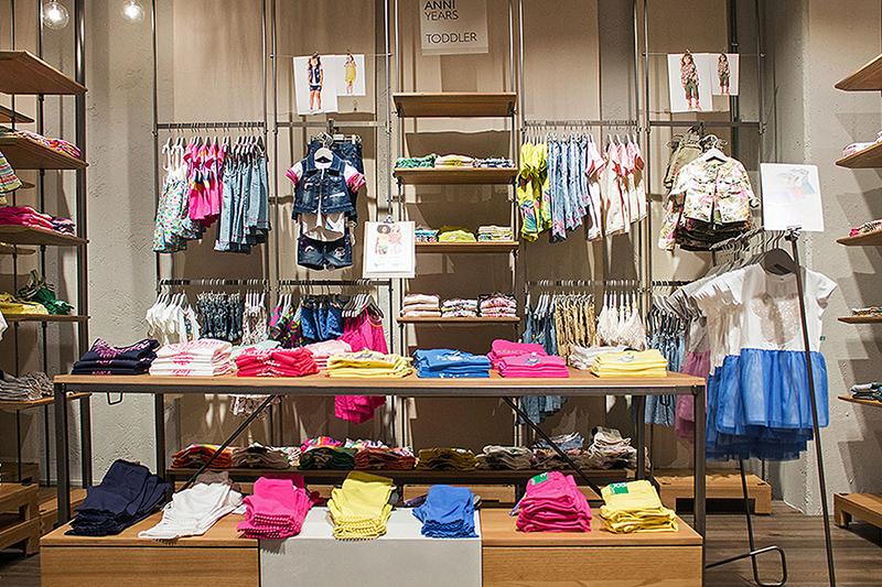 goditi il prezzo più basso goditi il miglior prezzo prezzi incredibili Benetton - Abbigliamento e accessori Uomo - Donna - Bambino