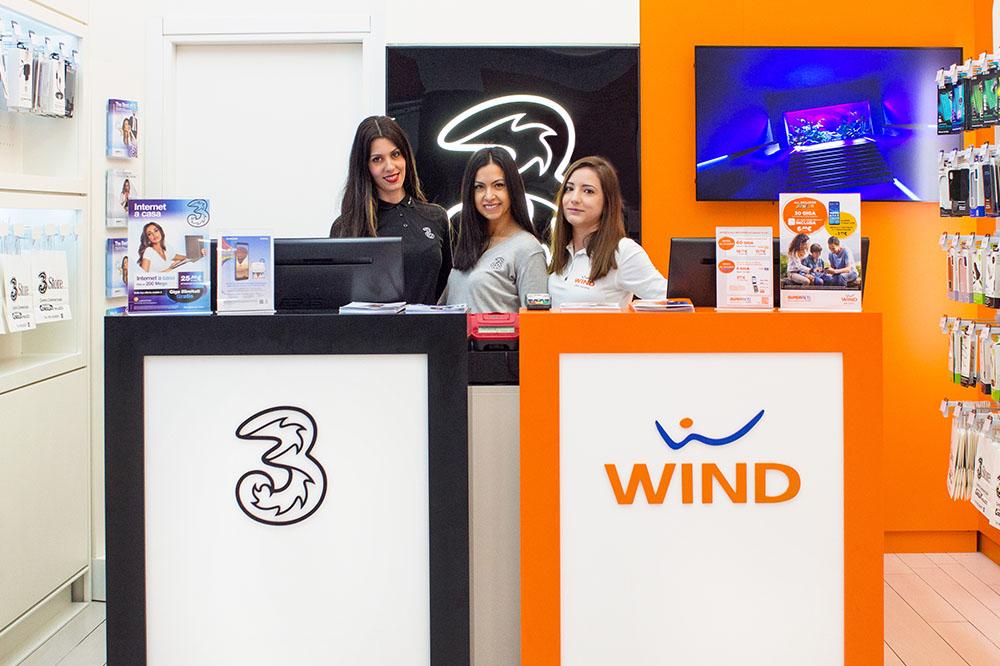 Al Parco Corolla il primo negozio Wind 3